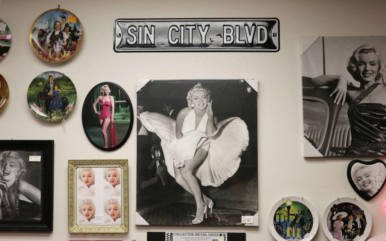 sin-city-hollywood-wall
